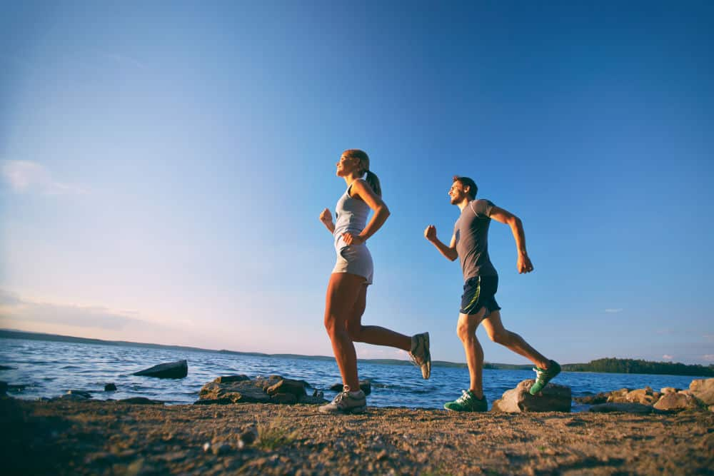 Wondering How to start jogging? Here are some tips: 1. Warm Up to avoid cramps, 2. Keep the Body Posture Right - Body should lean forward and keep head high. 3. Never Land on heels, but on toes. 4. Carry the Right Gears & Shoes, 5. Breathe from the nose, not the mouth 6. Take Sufficient Water, etc.