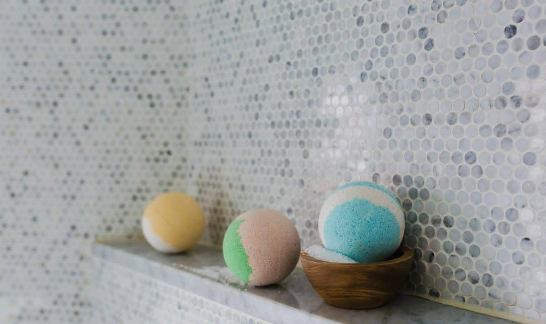 The Bath Bomb Meme & Controversy On Tumblr