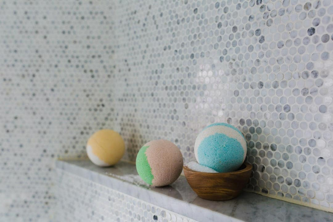 The bath bomb challenge like it was famously known created a much-deserved havoc on Tumblr. These bath bombs were known for its beautiful colours, textures and patterns. They came in various shapes, sizes and had a lot of variety. It is a rock-solid soap, that melts automatically with water.