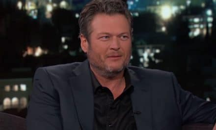 Blake Shelton Net Worth – The Singer, Actor, Businessman Early Life, Career & Earnings