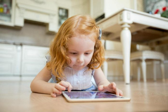 prevent children gadget addiction