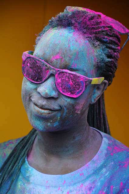 wear sunglasses for holi