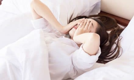 8 Signs That You May Have Sleep Apnea – Cause & Treatment