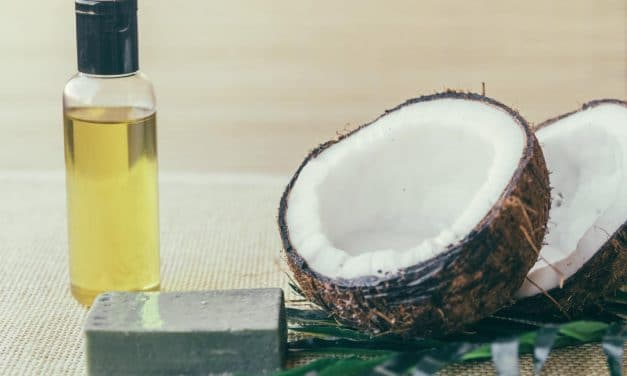 Coconut Oil Pulling Benefits – A Magical Ayurveda Oral Medicine