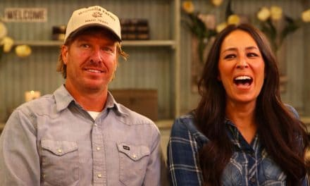 The 'Fixer Upper' Hosts Chip and Joanna Gaines Net Worth is $18M
