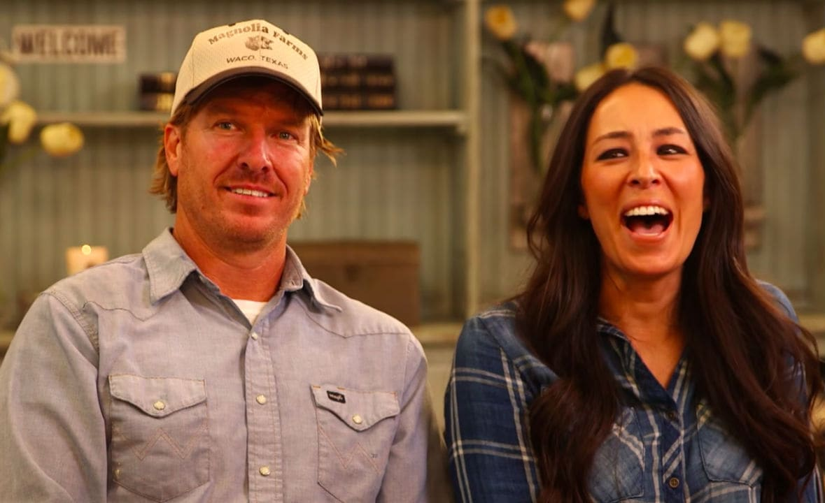 The Fixer Upper Hosts Chip And Joanna Gaines Net Worth Is