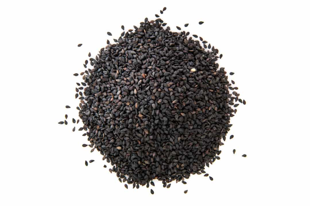 Black seed or nigella sativa comes from a plant native to south-east Asia. Whole black seed and black seed oil are consumed as a healthy dietary supplement. Black seed oil benefits in trivial health issues such as indigestion, diarrhoea, respiratory ailments, diabetes, liver diseases, fungal infections, etc.