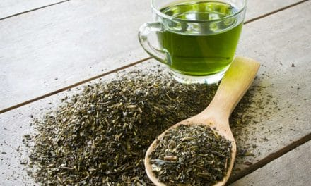 13 Health Benefits of Green Tea with Nutrition, Types & Side Effects