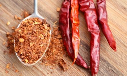 14 Science-Based Cayenne Pepper Benefits & Its Side Effects