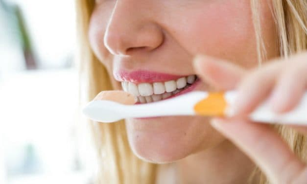 Brushing Teeth After Eating – Is This Necessary?