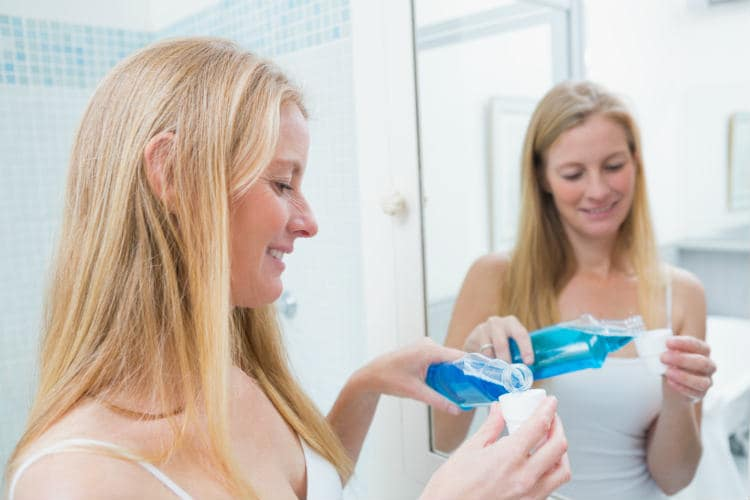 What is Mouthwash? – A Key to Advanced Oral Healthcare