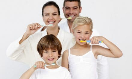 Consider 3 Important Factors for Choosing the Best Toothbrush