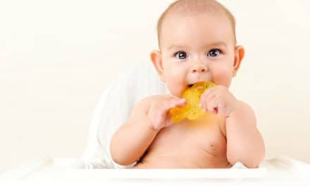 4 Tips to Ensure That a Teething Ring is Safe for Your Baby