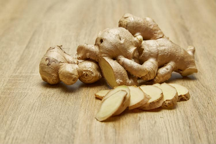 13 Amazing Health Benefits of Ginger Essential Oil