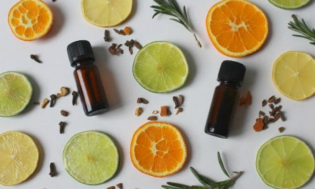 10 Benefits of Orange Essential Oil & Ways to Use It