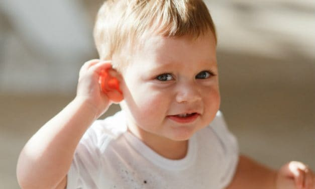 Teething and Ear Infections – Can Teething Cause Ear Infections?