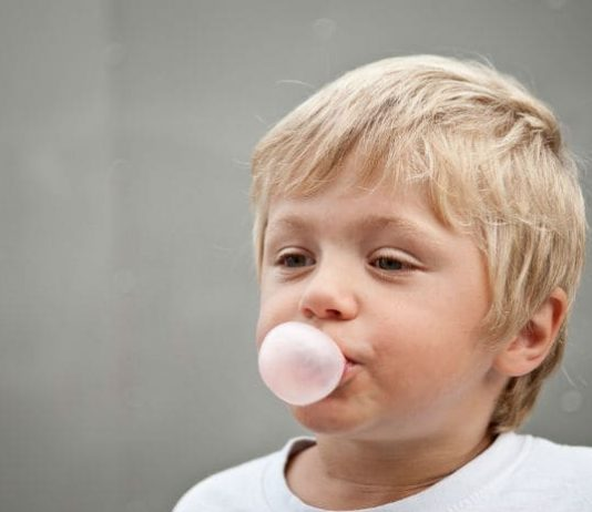 does chewing gum prevent cavities