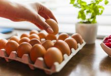 are raw eggs good for you